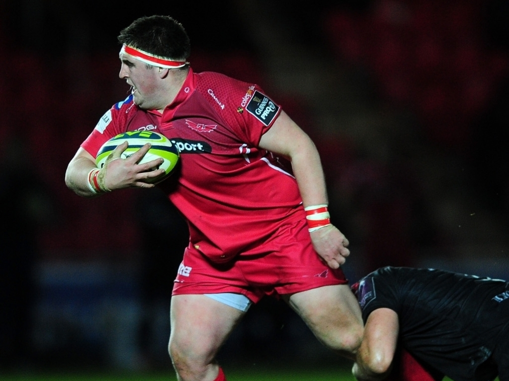 Jones pens Scarlets extension | Planet Rugby